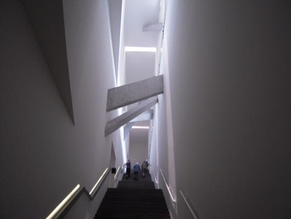 Inuti Judiska Museet i Berlin
