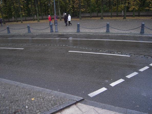 Berlinmuren utanför Brandenburger Tor