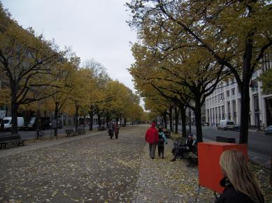 Unter den Linden i Berlin